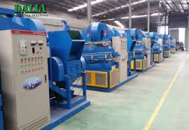 Customized Voltage Copper Wire Shredder Machine Low Noise 2500 * 1800 * 2850mm